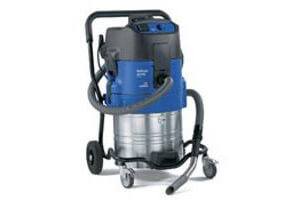Nilfisk Alto Attix 751-61 Wet & dry Vac With Pump